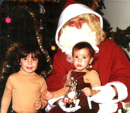 Matoo à deux ans avec le père noël