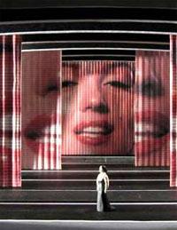 « Candide » de Leonard Bernstein au théâtre du Châtelet
