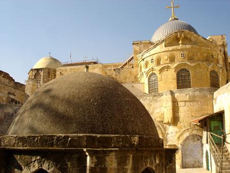 L'église du Sépulcre vue de l'extérieur, du couvent des Ethiopiens
