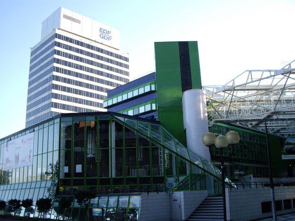 Tour EDF et théâtre des Arts