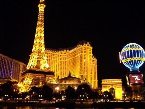 Paris, la nuit - Las Vegas