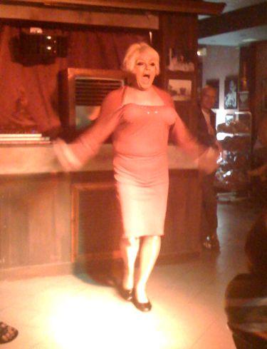 Lady Jayne au bar Fagins (Sidari, Corfou)