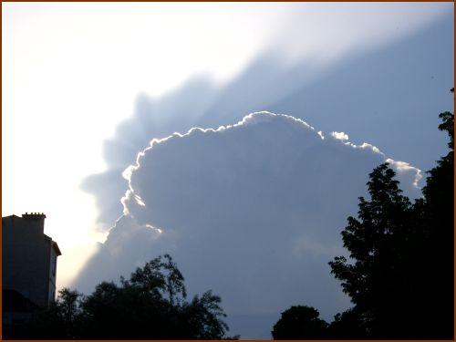 Juste un nuage