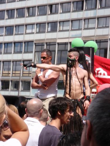 Le char des reubeux - Gay Pride 2009