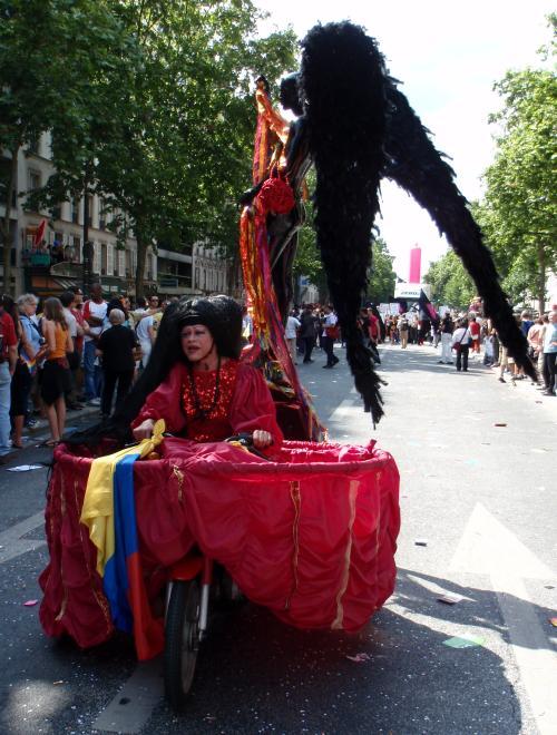 Sur sa bécane magique - Gay Pride 2009