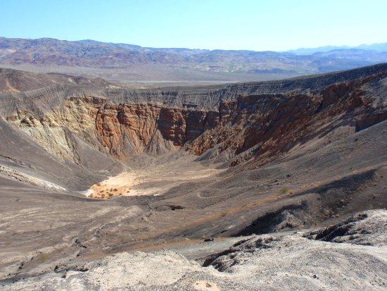 Le cratère Ubehebe - Vallée de la Mort