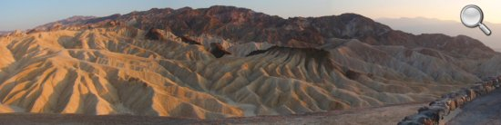 Zabriskie Point dans la Vallée de la Mort - près de Furnace Creek