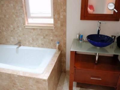 Salle de bain - chambre de SF