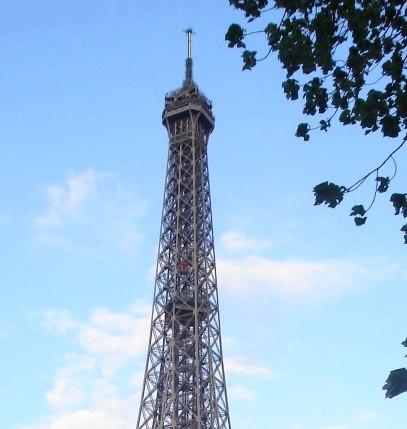 Detail partie supérieure de la Tour Eiffel