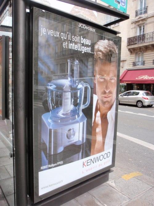 Affiche de la pub Kenwood pour un robot ménager Gode !