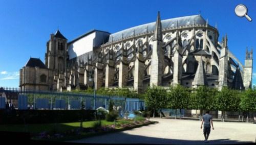 Vue extérieure de la Cathédrale de Bourges
