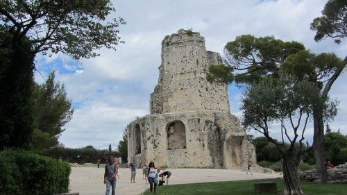 Jardin de la Fontaine - Tour Magne (Nîmes)