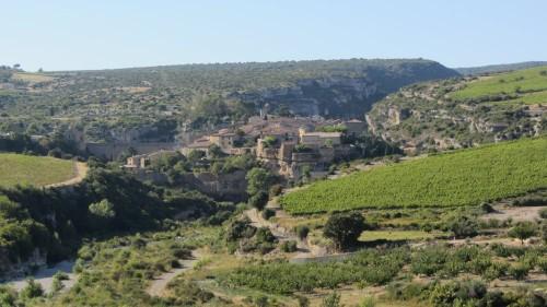 Village de Minerve dans l'Hérault (34) entre la Cesse et le Brian