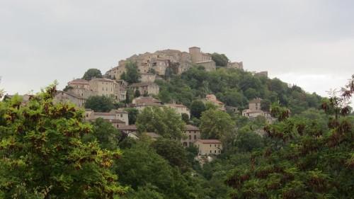 Vue d'ensemble du village de Cordes-sur-Ciel