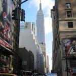 New York - Empire State Building vu d'une rue