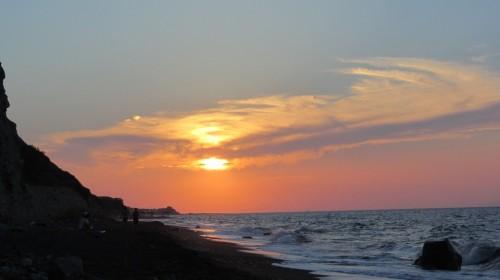 Coucher de soleil plage (nudiste) de Kolumpos - Santorin