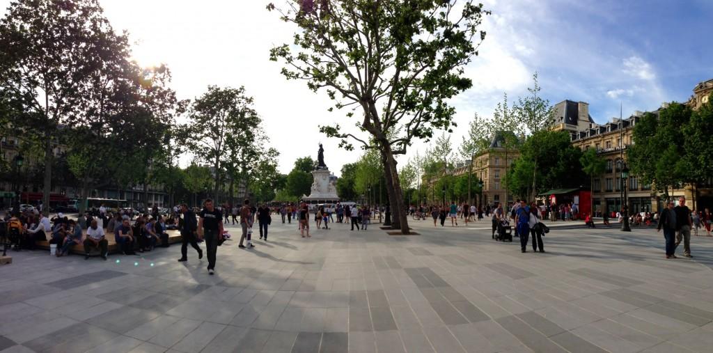 Panorama de la nouvelle place de la République