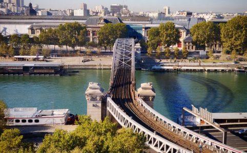 Vue d'Austerlitz et la Seine du quai de la Rapée