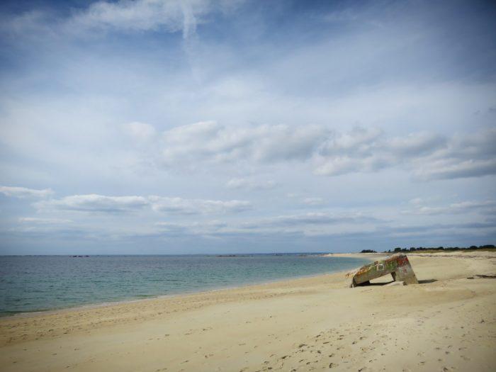 Bunker abandonné à Trevignon - Tregunc sur la plage de la Baleine