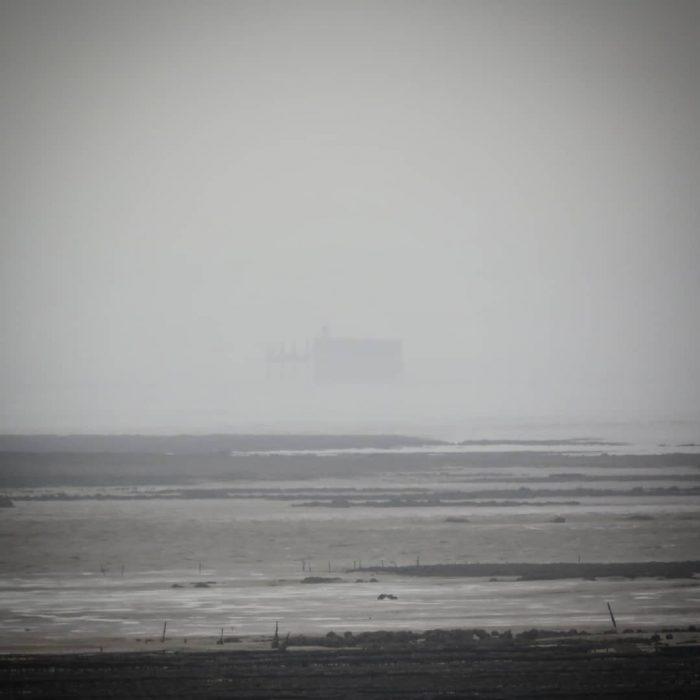Fort Boyard dans la brume depuis l'Île Madame